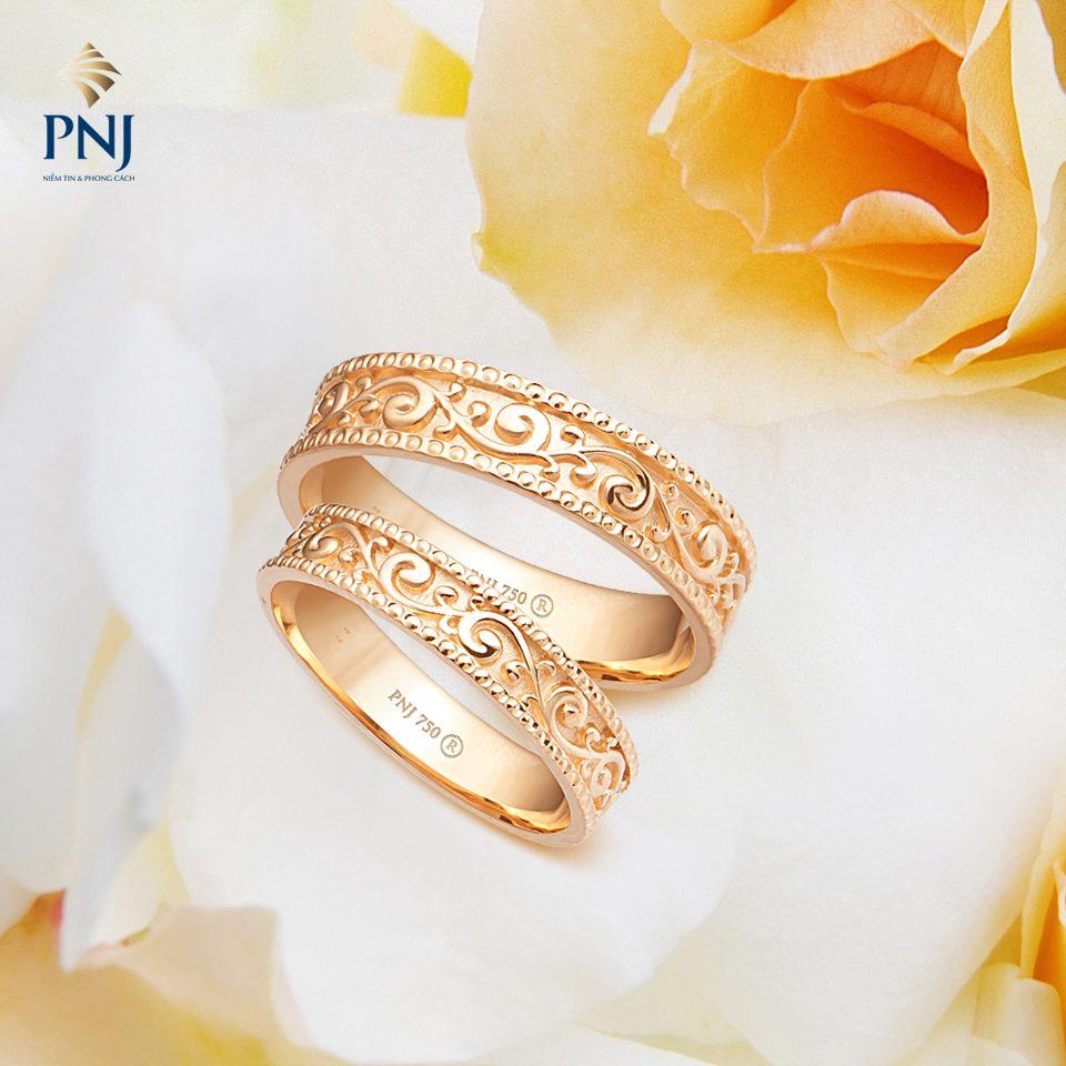 Vàng 18K rất thông dụng trong chế tác trang sức, đặc biệt là nhẫn cưới